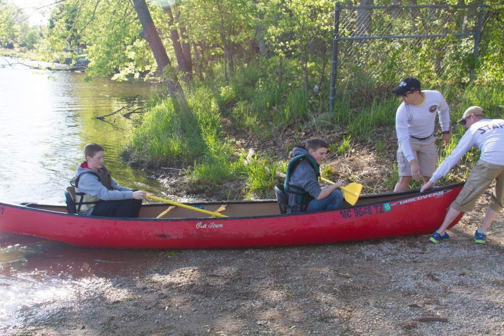 Canoe009