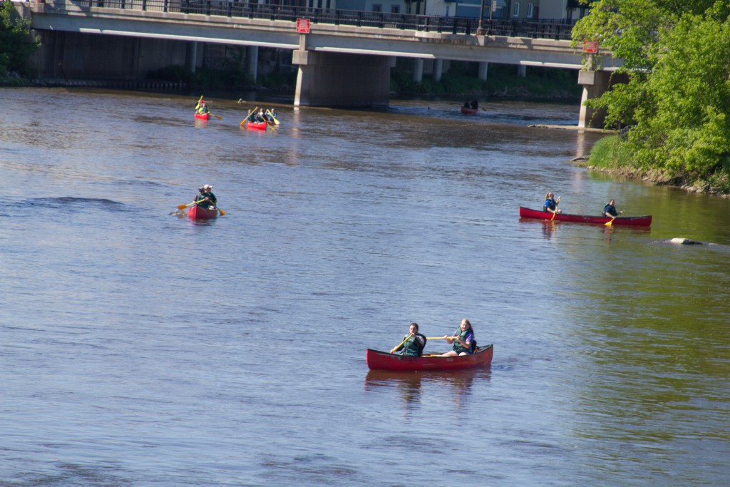 Canoe057