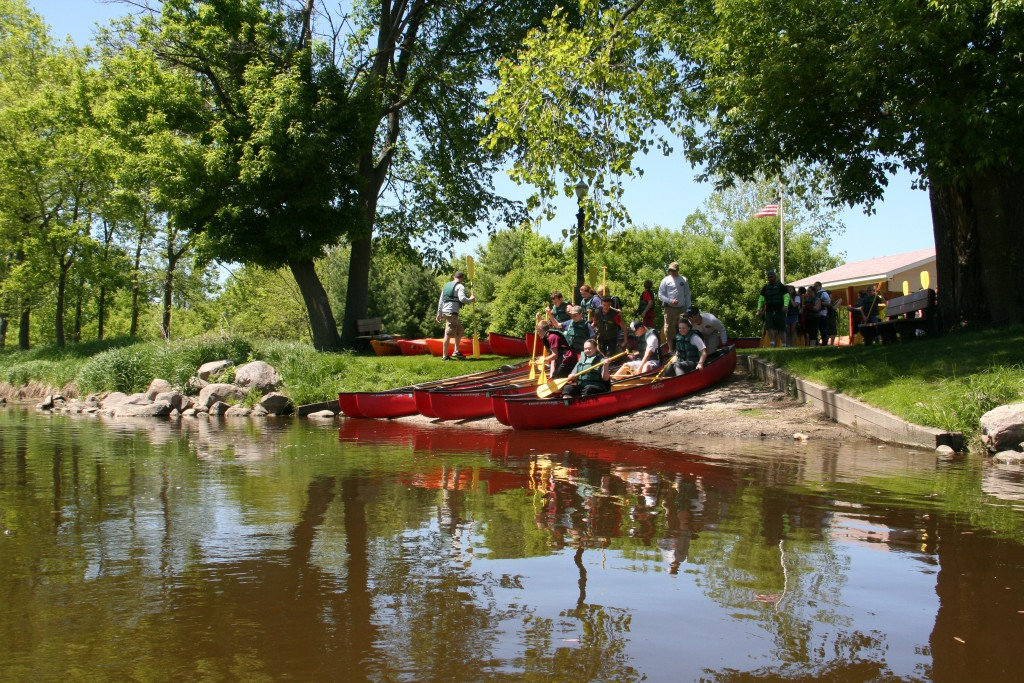 Canoe125